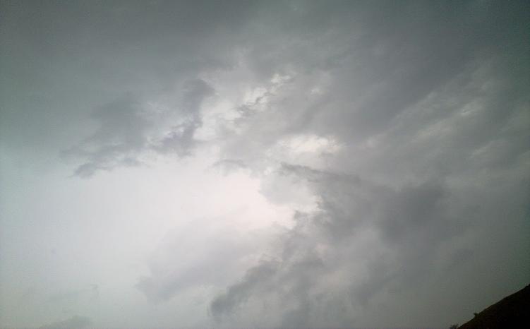 أمطـآر غزيرة وسيـوٍل تقطع الأودية صورة لسيول جنوب مكة) mk98186_11072010101.
