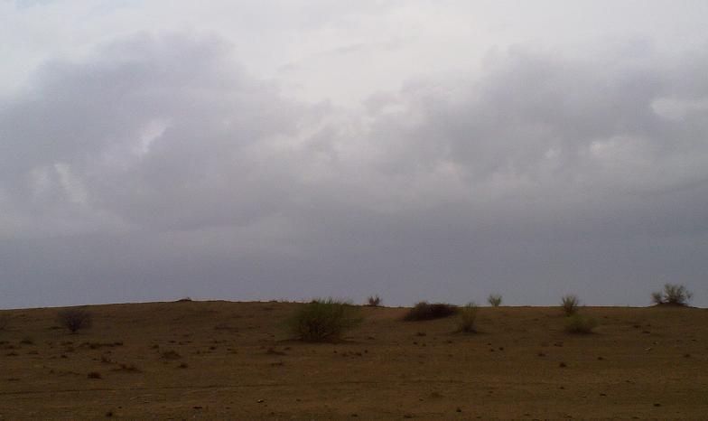 أمطـآر غزيرة وسيـوٍل تقطع الأودية صورة لسيول جنوب مكة) mk98186_11072010171.