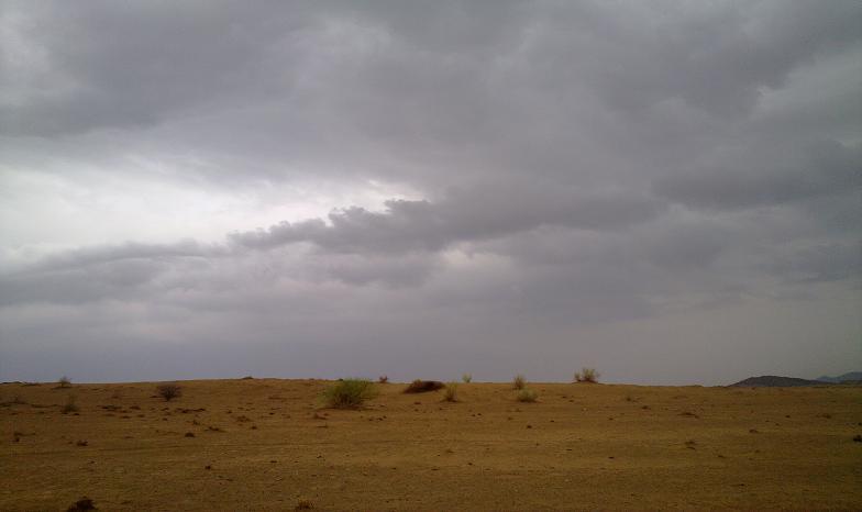 أمطـآر غزيرة وسيـوٍل تقطع الأودية صورة لسيول جنوب مكة) mk98186_11072010177.