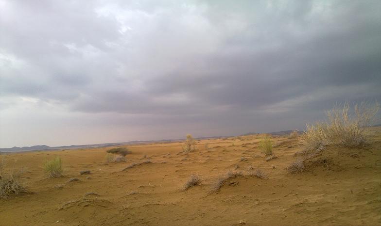 أمطـآر غزيرة وسيـوٍل تقطع الأودية صورة لسيول جنوب مكة) mk98186_11072010196.