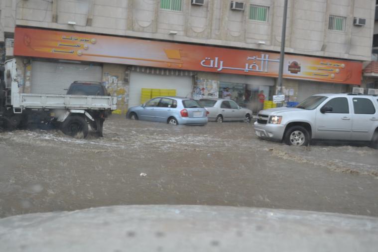 القصيم درجة والطائف يغرق بالأمطار